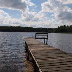 Pomost nad jeziorem Bobięcińskim Małym